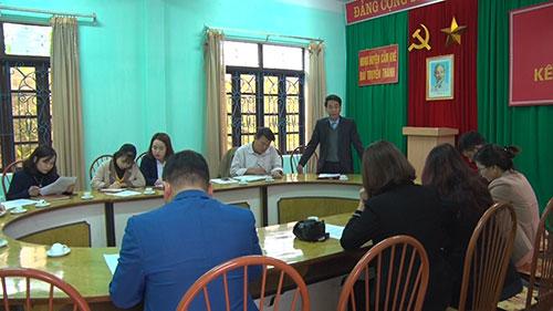 Sở Thông tin Truyền thông  tỉnh Phú Thọ  kiểm tra hoạt động  tại Đài TT - TH huyện Cẩm Khê và đài truyền thanh các xã, thị trấn.