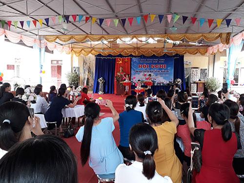 Sở GD&ĐT Phú Thọ tổ chức sinh hoạt chuyên môn ngành  học MN tại huyện Cẩm Khê.