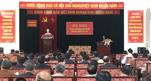 Huyện ủy Cẩm Khê tổ chức Hội nghị Ban Chấp hành mở rộng.