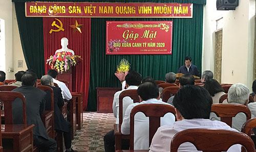 Ban liên lạc hưu trí Thường vụ Huyện uỷ Cẩm Khê gặp mặt đầu xuân Canh Tý 2020.
