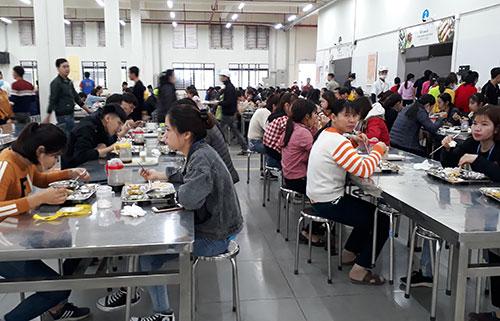 Đảm bảo ATTP bữa ăn ca trong dịp  Tết Nguyên đán Canh Tý ở Công ty YIDA Việt Nam