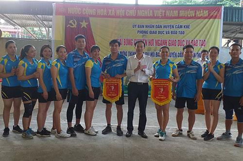 Vòng chung kết giải bóng chuyền hơi ngành giáo dục huyện Cẩm Khê  năm học 2019 – 2020